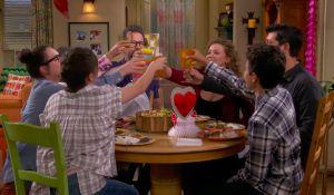 """Прекратения сериал """"One Day at a Time"""" получава нов сезон по Pop TV! picture"""